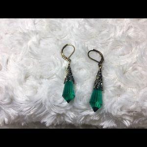 Emerald Crystal Pendulum Drop